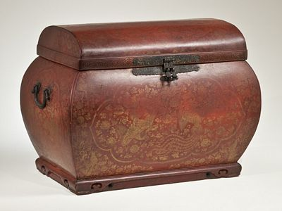 Storage Chest with Phoenix Motif